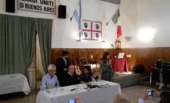 Presentazione di Al sur de las cosas – Associazione Sardi Uniti - Buenos Aires – 2012 (intervento di Marga Tavera)