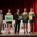 Pasqualino Bongiovanni riceve la Targa di Premiazione