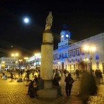 Luna piena su Puerta del Sol